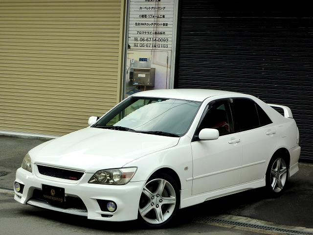 Toyota Altezza Rs200 Z Edition 6speed M T